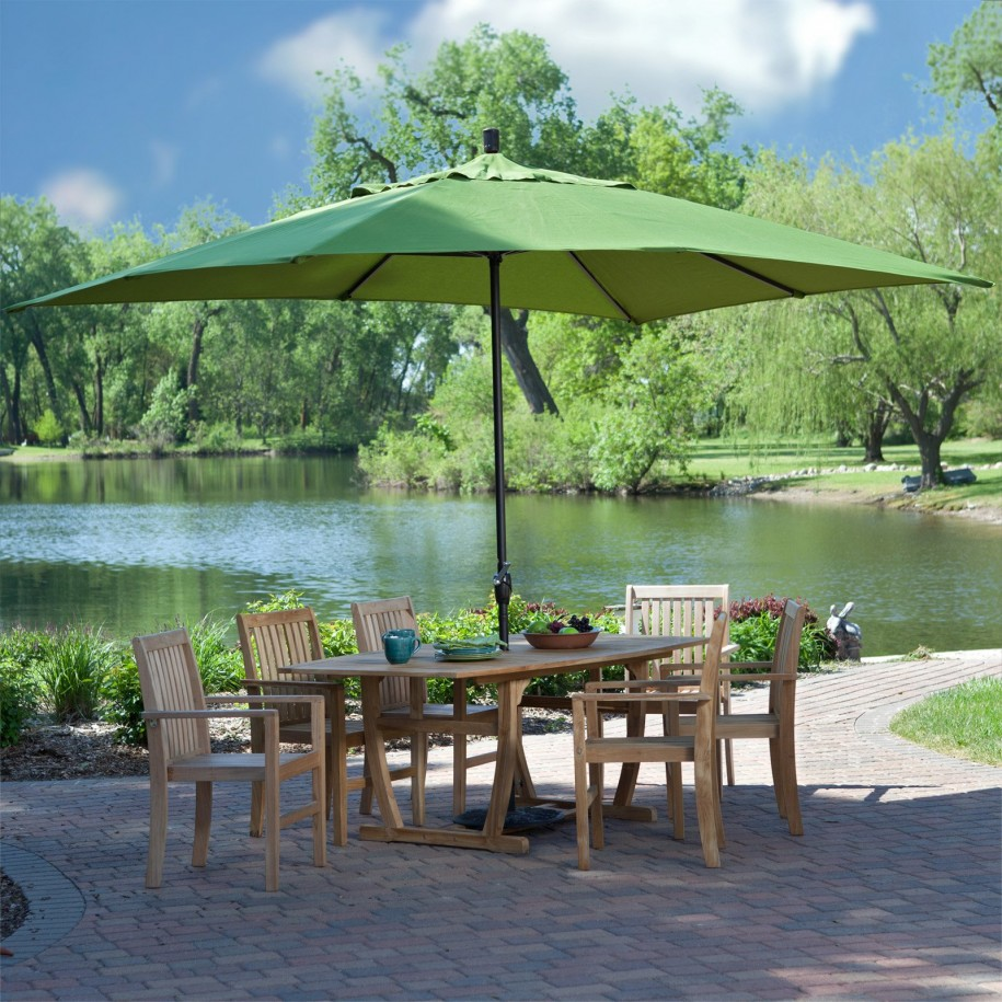 Wood Patio Dining Set with Umbrella