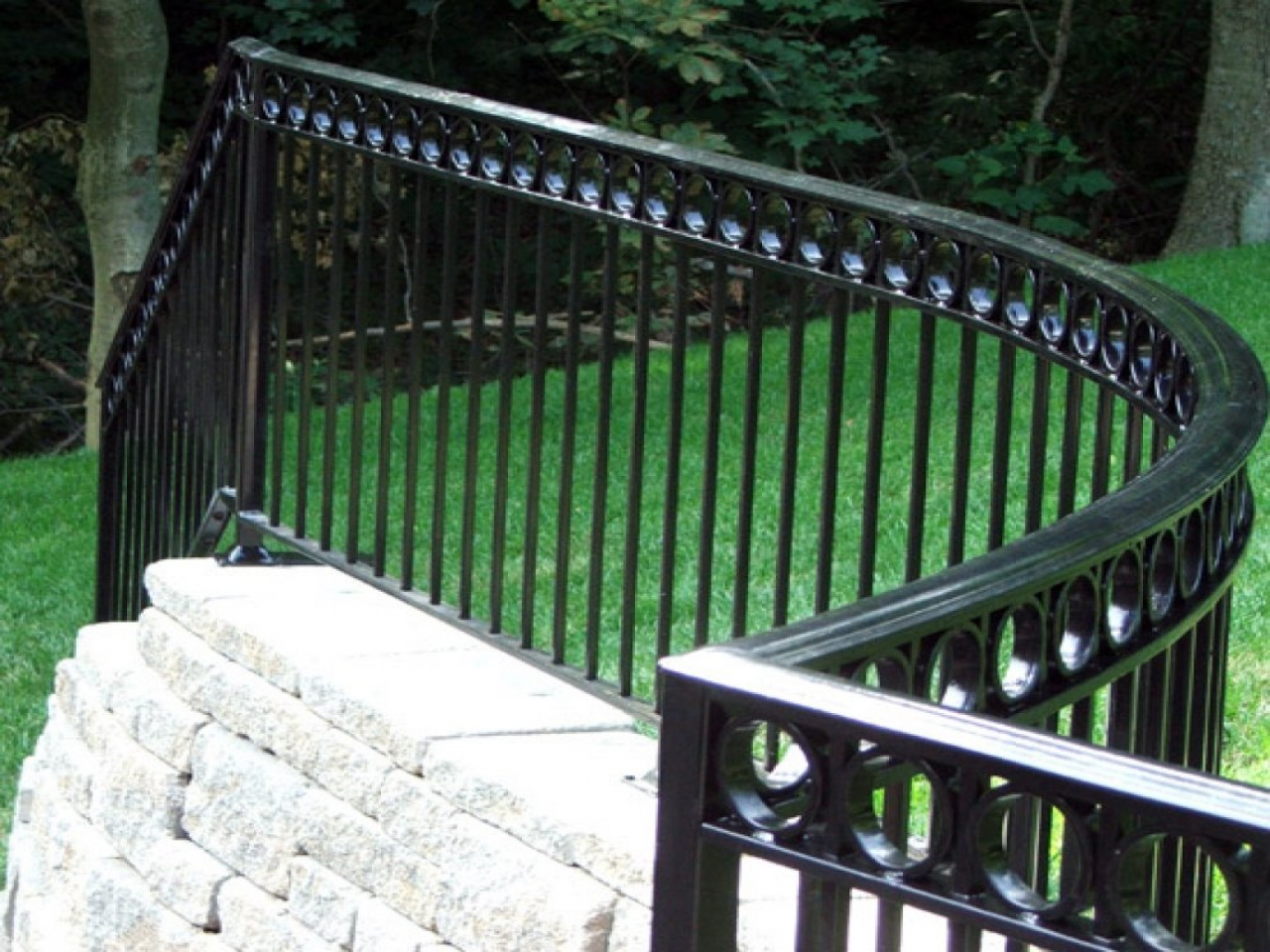 Image of: Wrought Iron Deck Railing Design