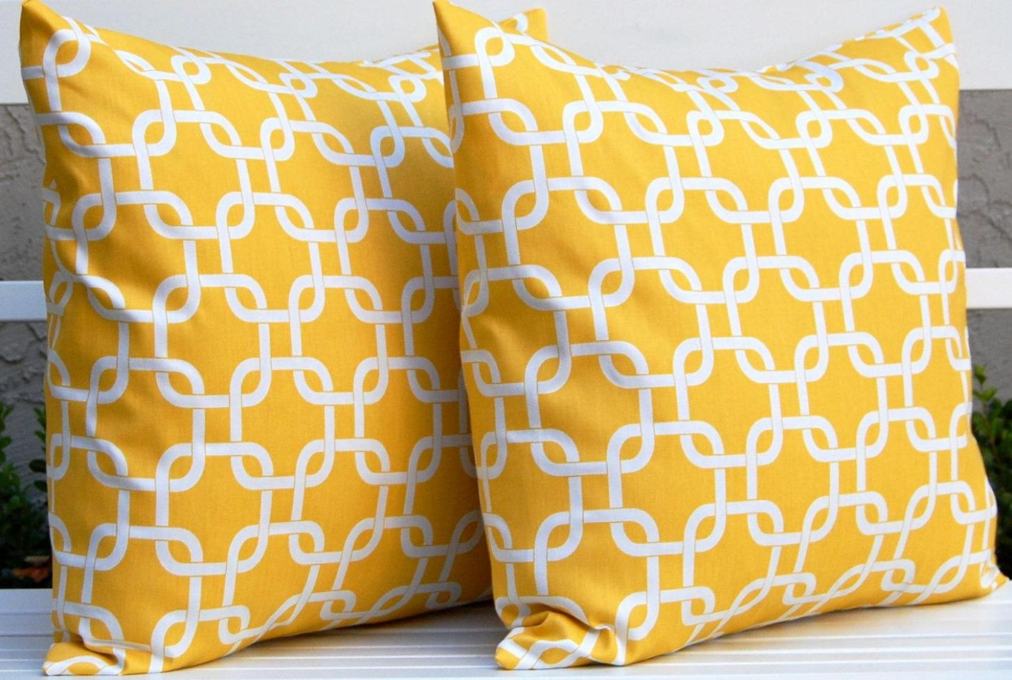 Image of: Yellow Toss Pillows
