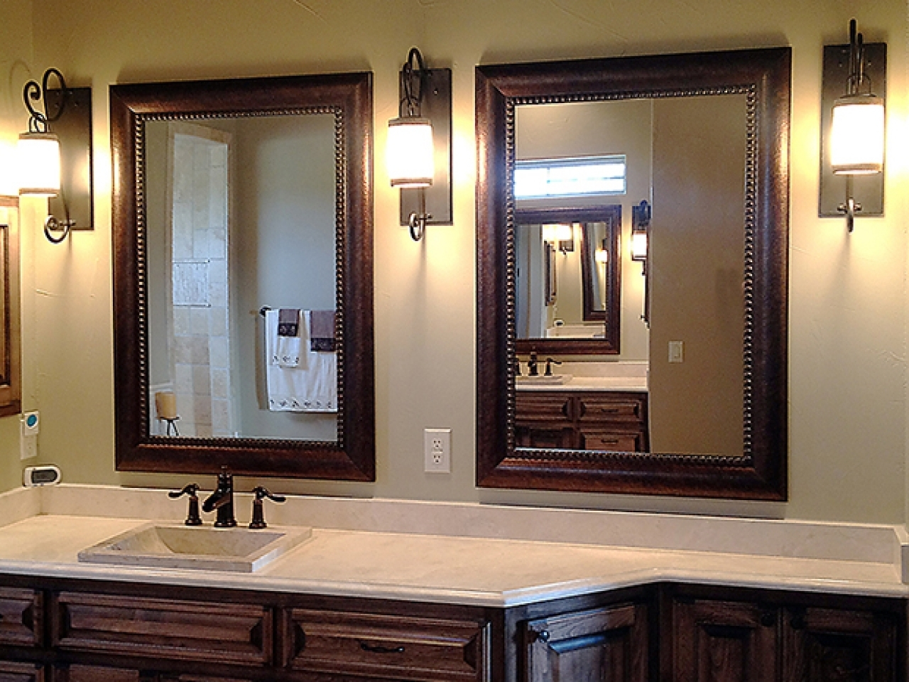 Image of: Beautiful Bathroom Mirrors