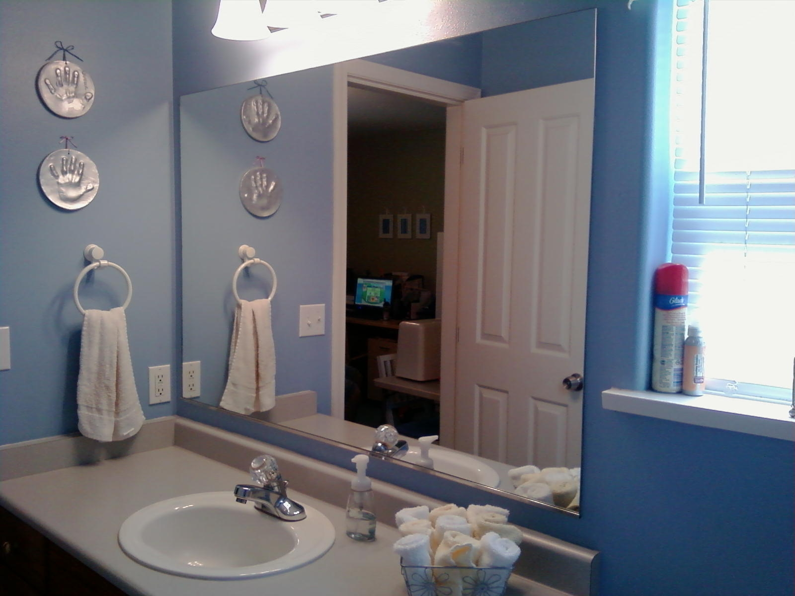 Image of: Gorgeous Bathroom Mirrors
