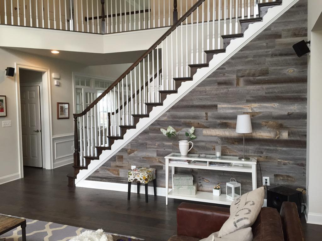 Image of: Appealing Reclaimed Wood Wall Panels