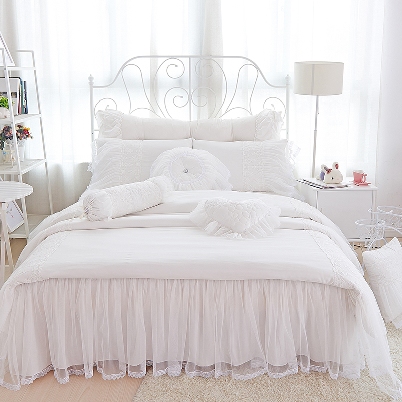 Beautiful Lace Bed Skirt