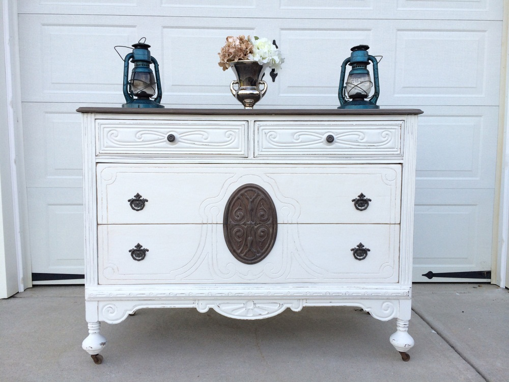 Image of: Beauty Antique White Dresser