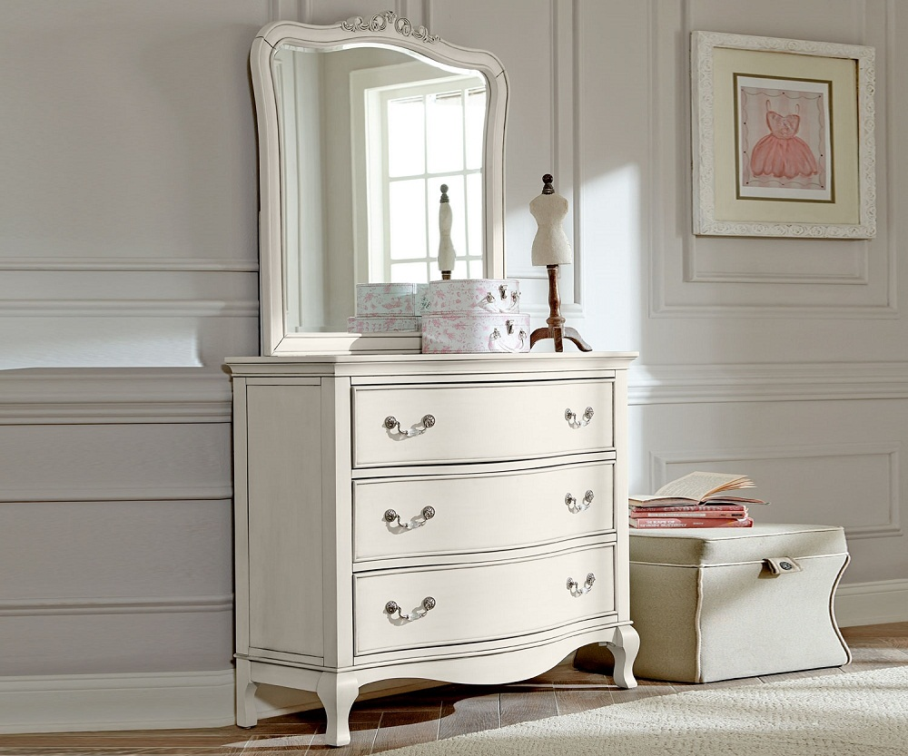 Image of: Best Antique White Dresser