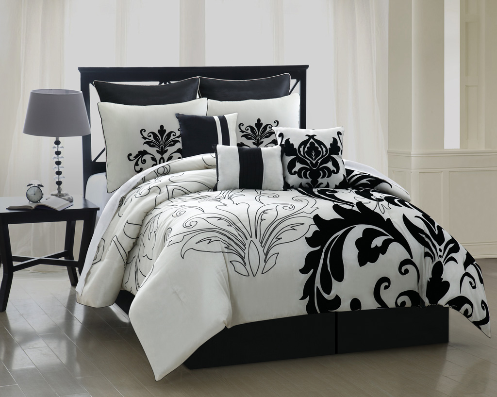 Image of: Black And White Bed Skirt Contemporary