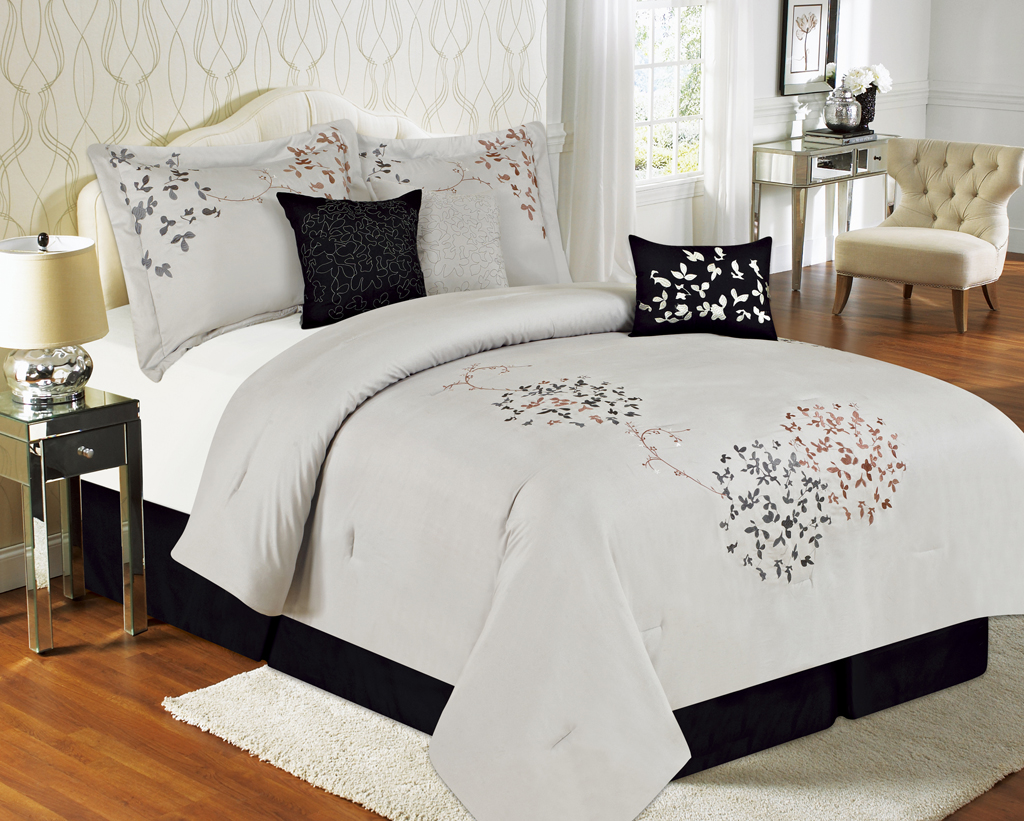 Image of: Black And White Bed Skirt Solid