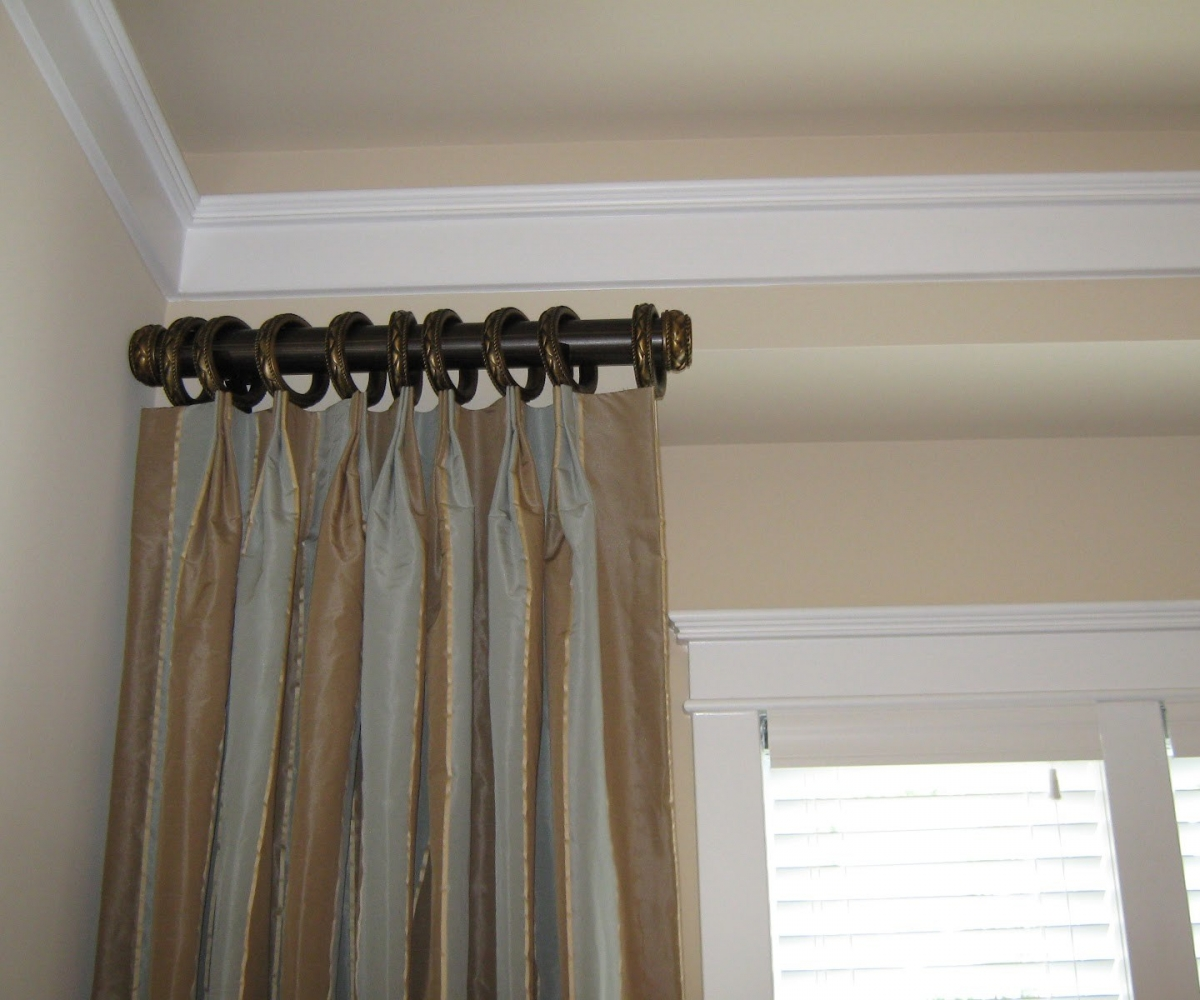 Image of: Black Curtain Rods Ideas