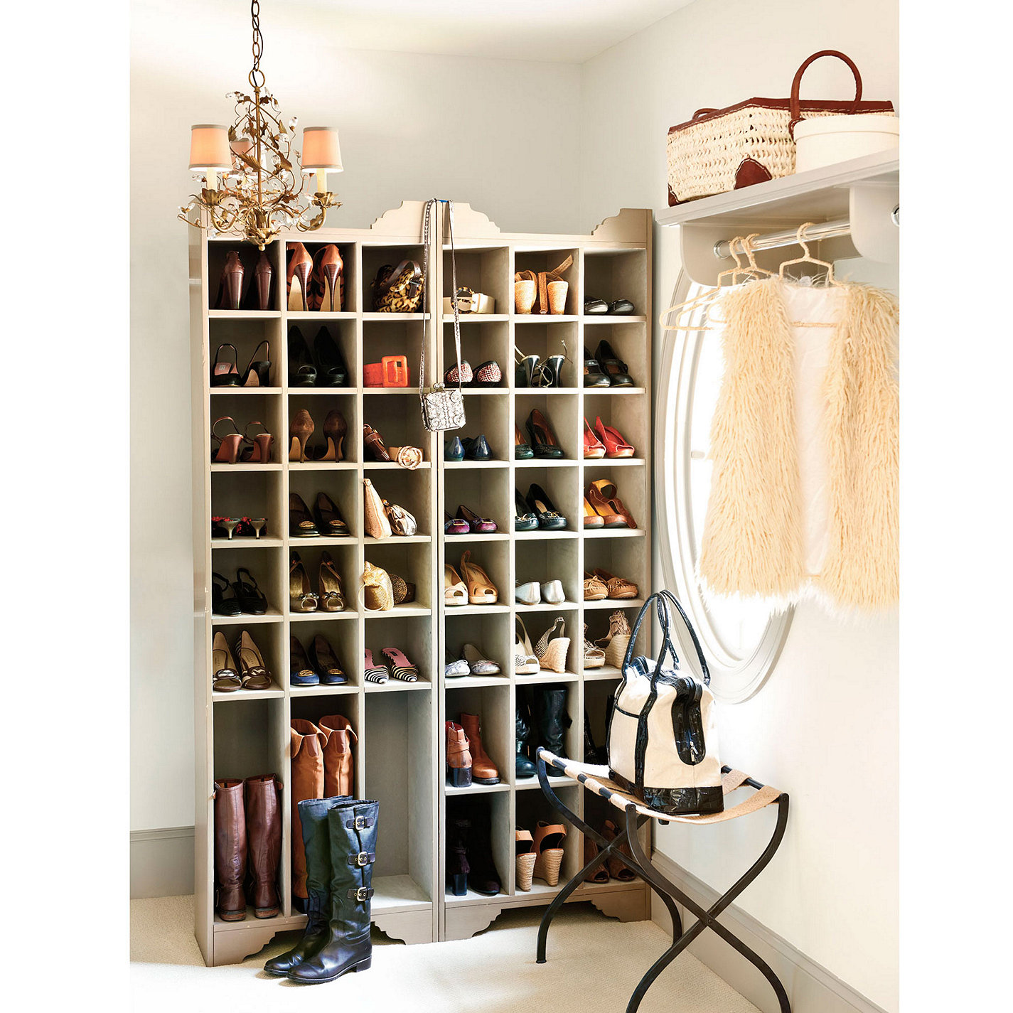 Image of: Boot Storage Ideas Modern