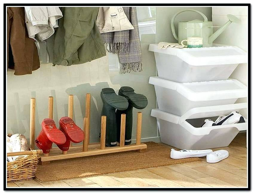 Image of: Boot Storage Ideas Simple