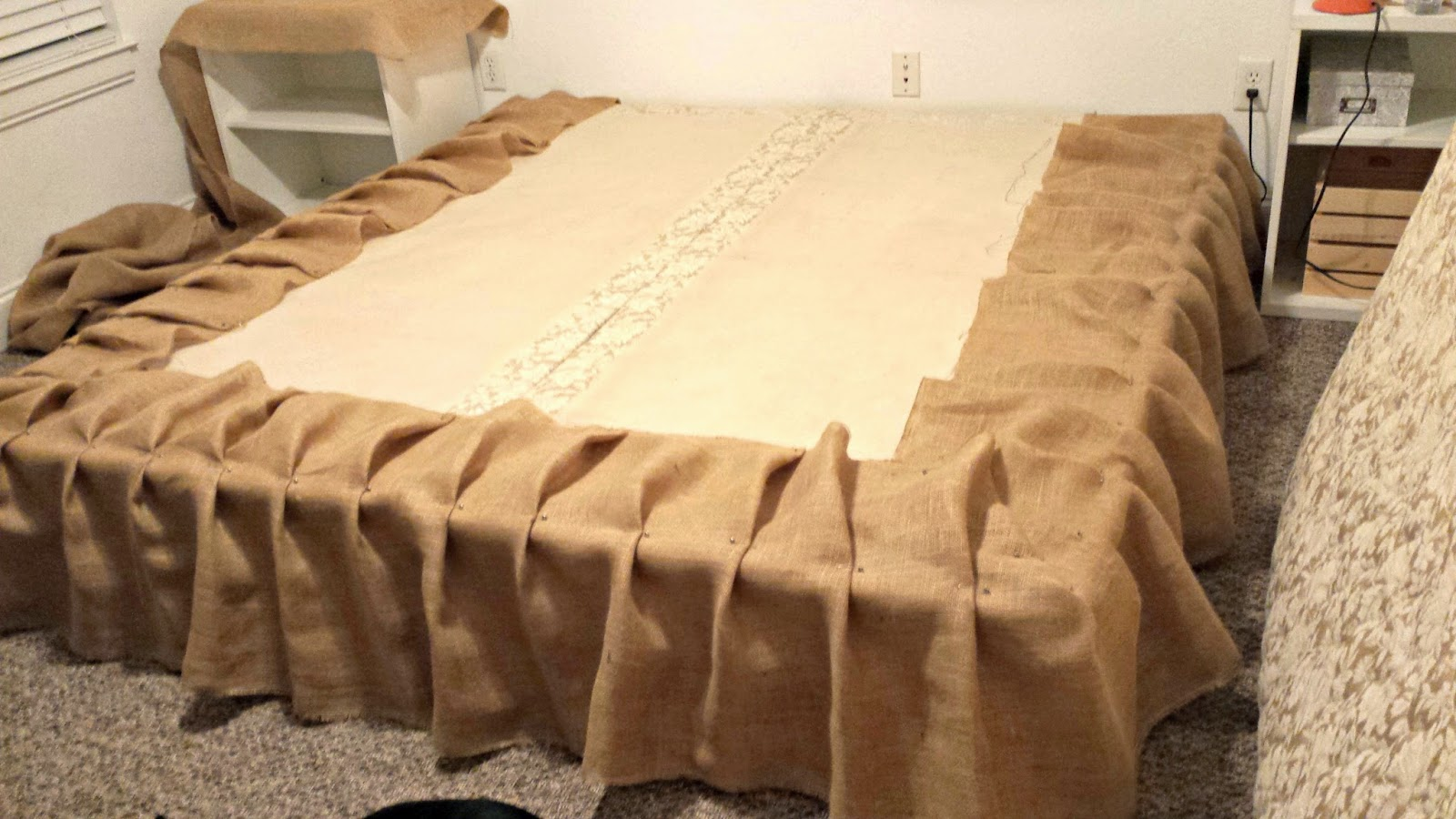 Image of: Burlap Bed Skirt Size