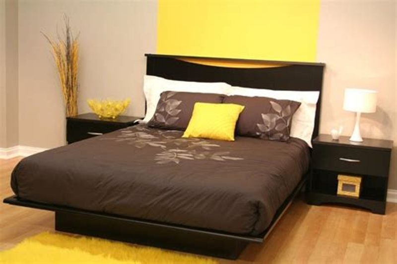 Image of: California King Storage Bed Decors Design