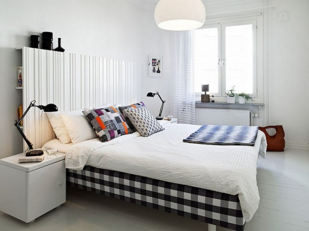 Image of: Cleanly Gingham Bed Skirt