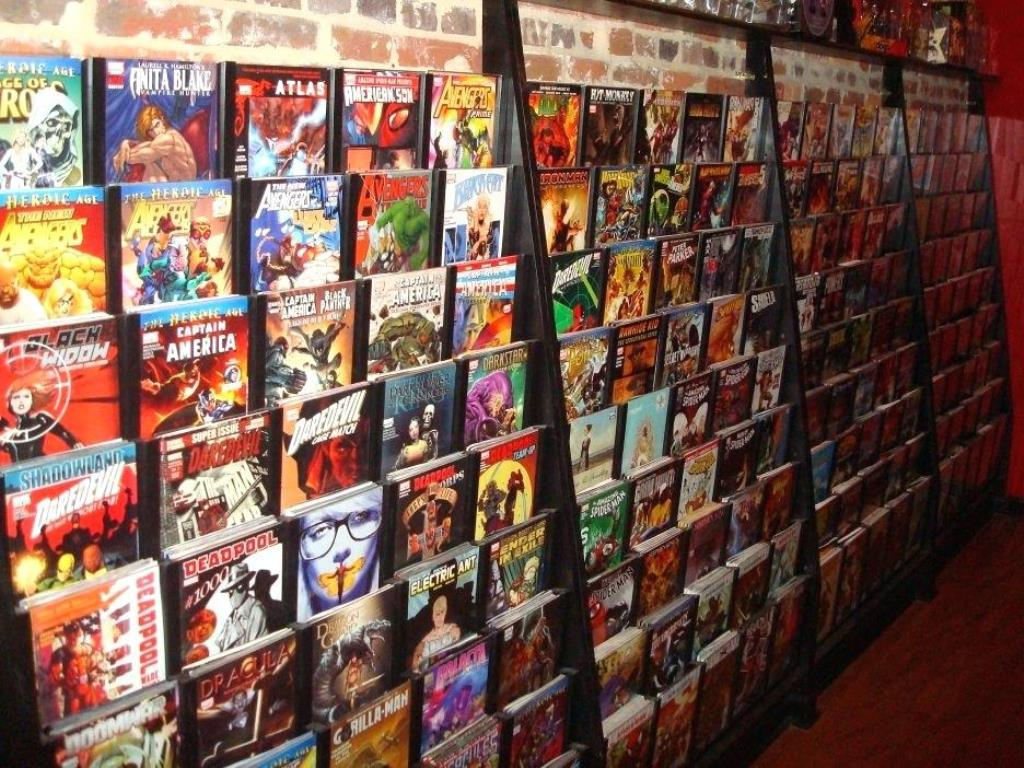 Image of: Comic Book Storage Ideas for Tote Bags