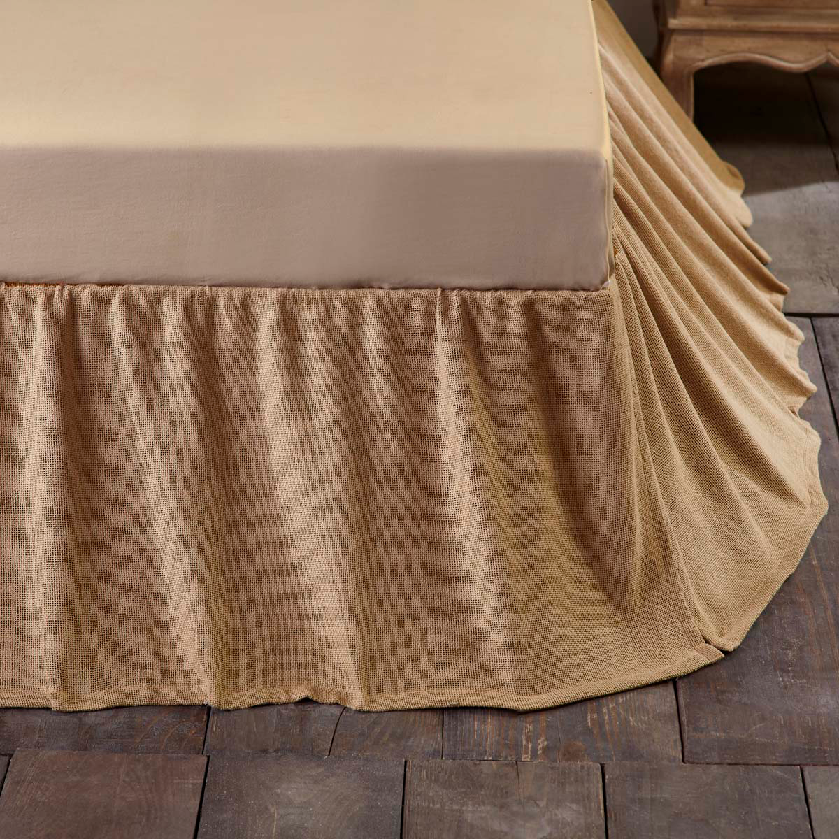 Image of: Country Burlap Bed Skirt