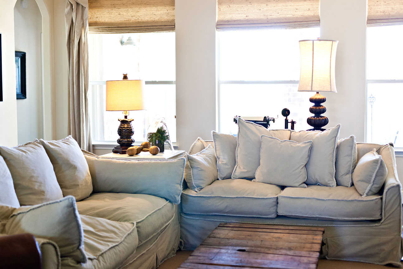 Image of: Country Living Room White