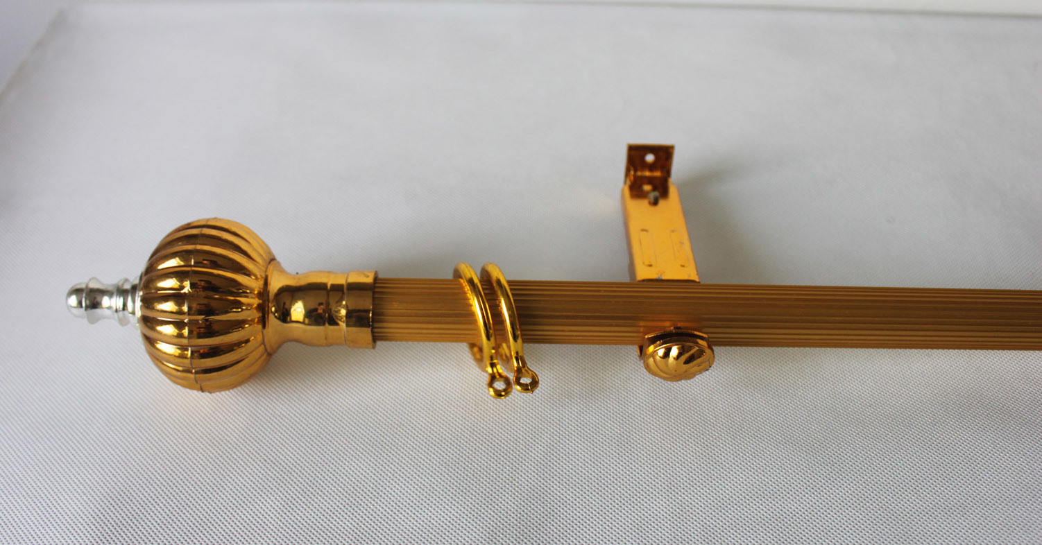 Image of: Curtain Accessories Gold