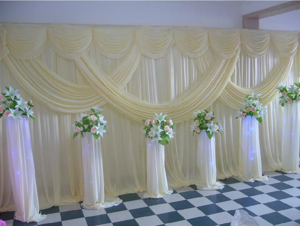 Image of: Curtain Backdrop Decor