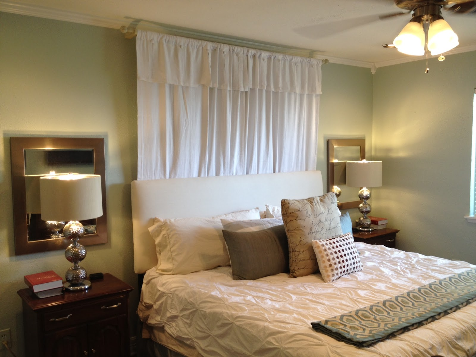 Image of: Curtain Headboard Decor