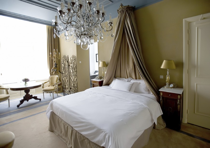 Curtain Headboard Ideas