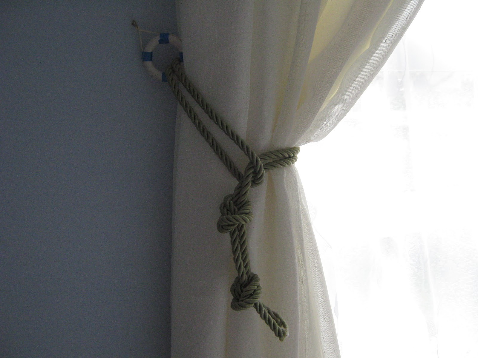 Image of: Curtain Tiebacks Rustic