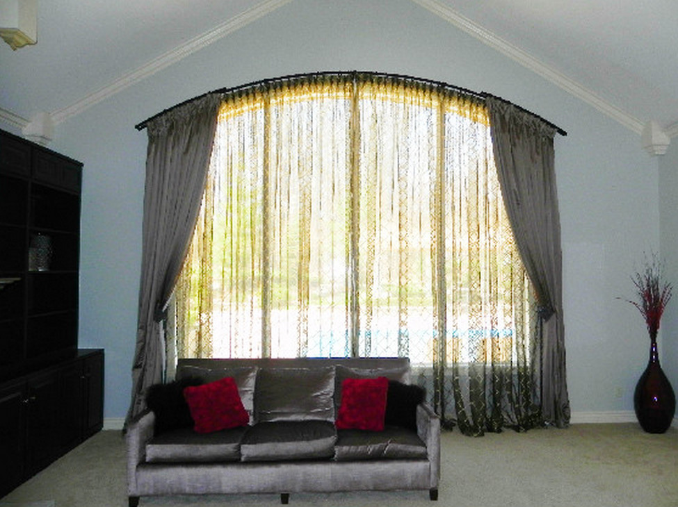 Image of: Curved Window Curtain Rod Large