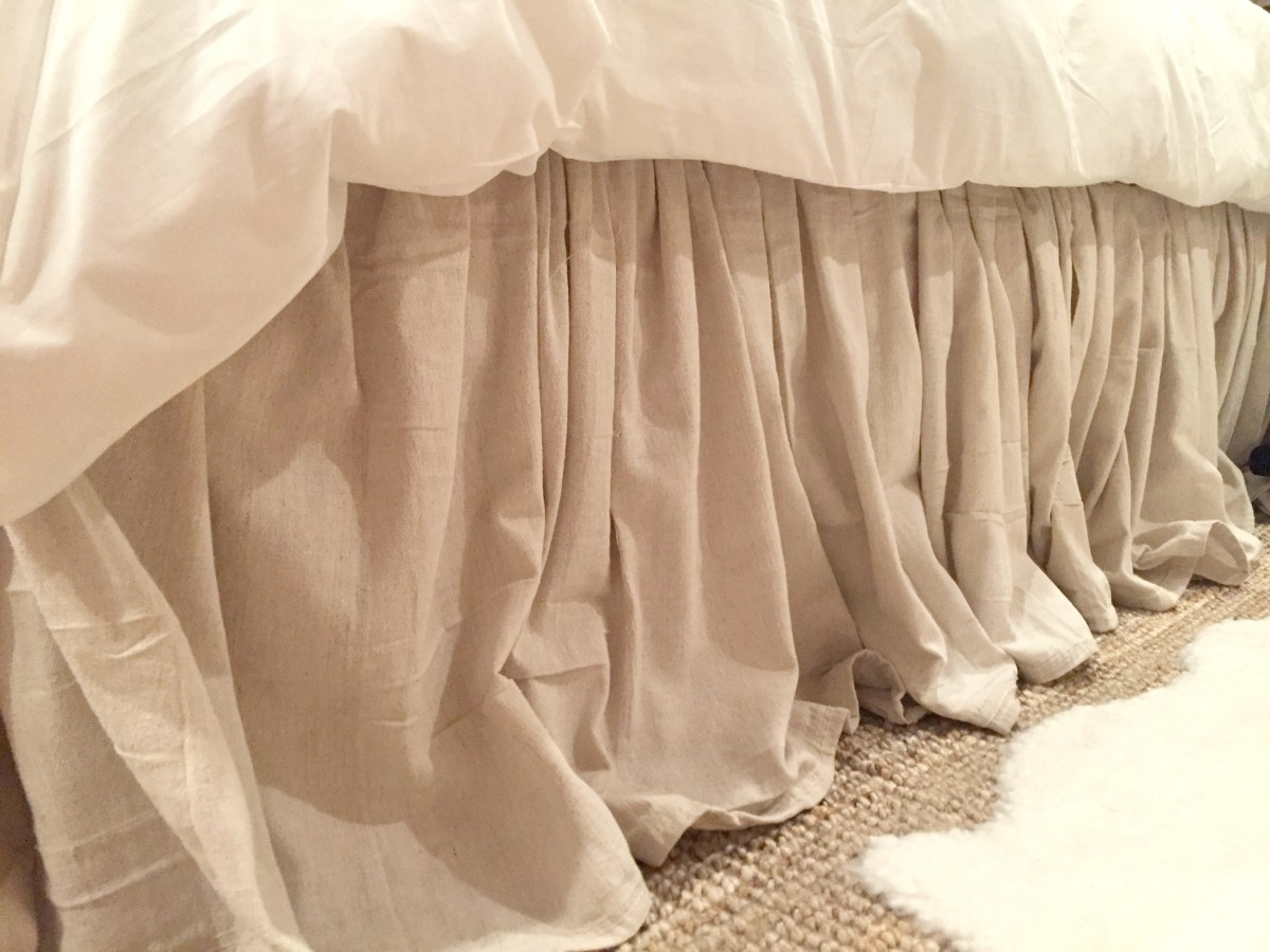 Image of: DIY Bed Skirt Design