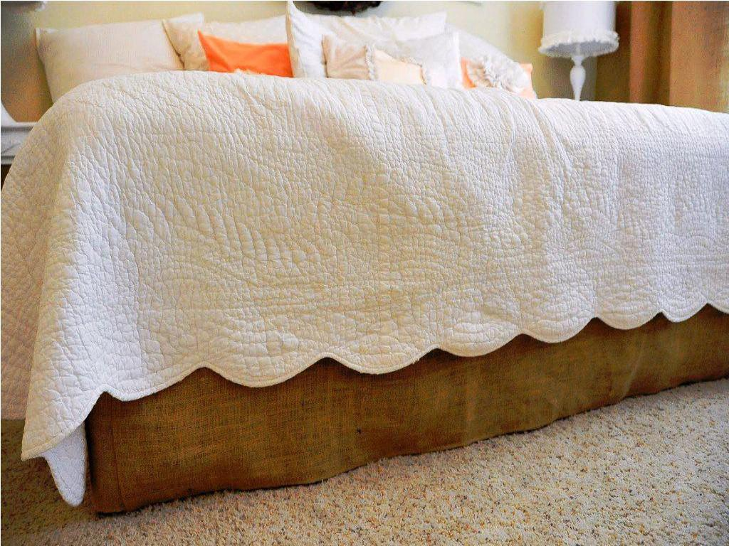 Image of: Daybed Gold Bed Skirt