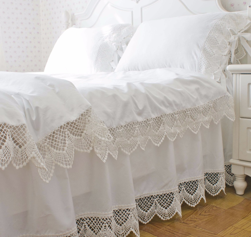 Image of: Famous Lace Bed Skirt