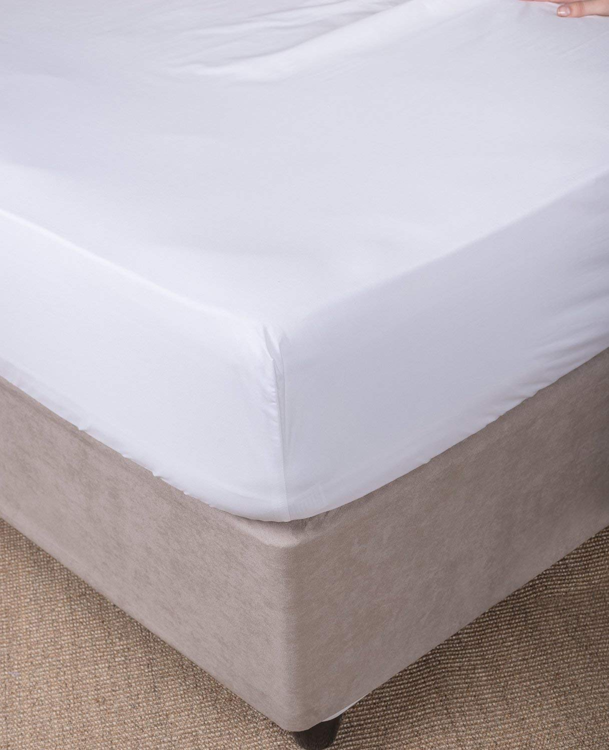 Image of: Fitted Bed Skirt White