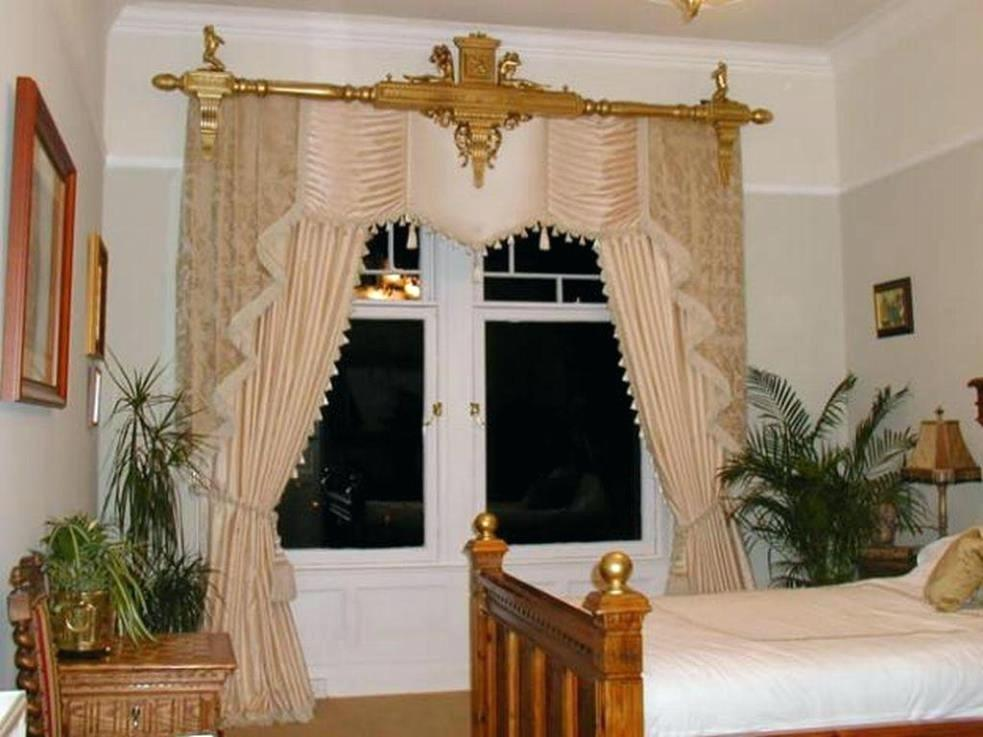 Image of: Gold Curtain Rod Elegant