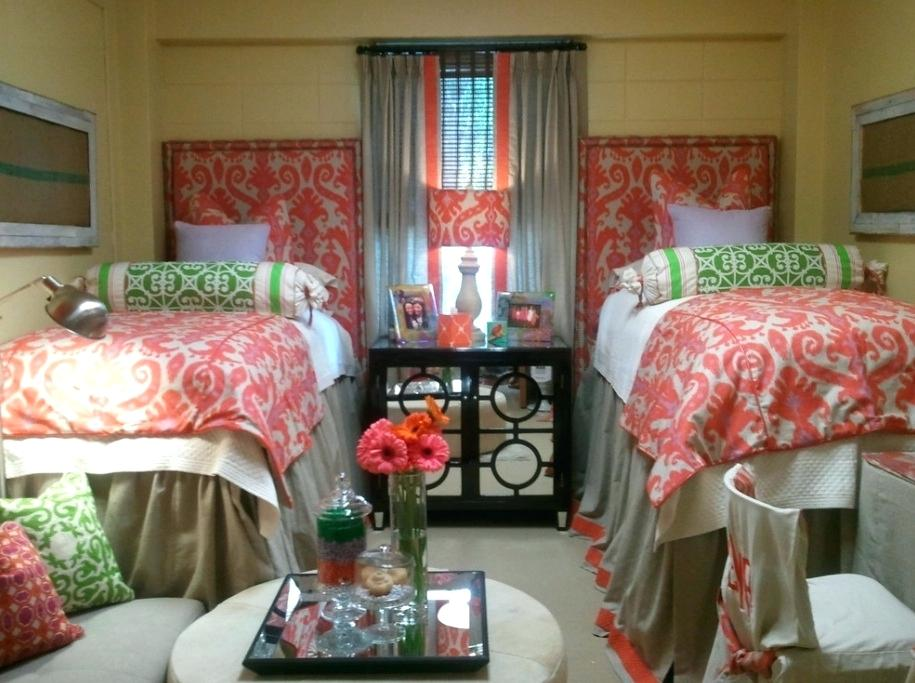 Image of: Great Dorm Room Bed Skirts