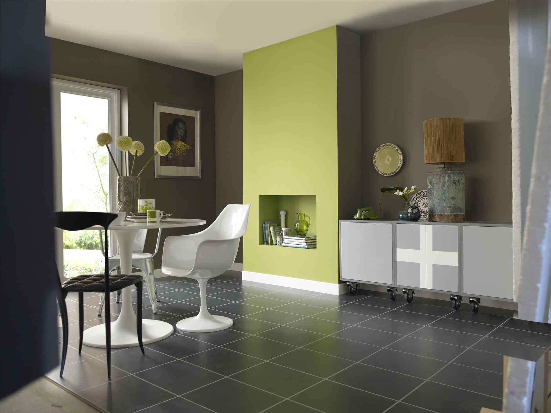 Image of: Green Living Room Walls Decor