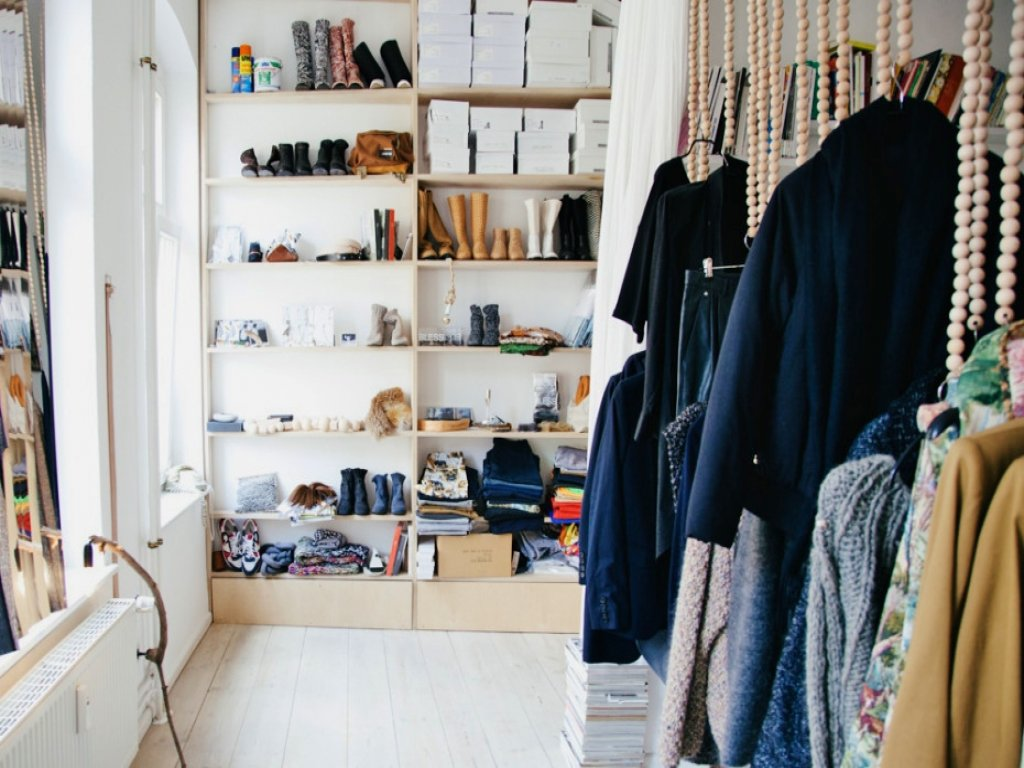 Image of: Home Clothes Storage Ideas