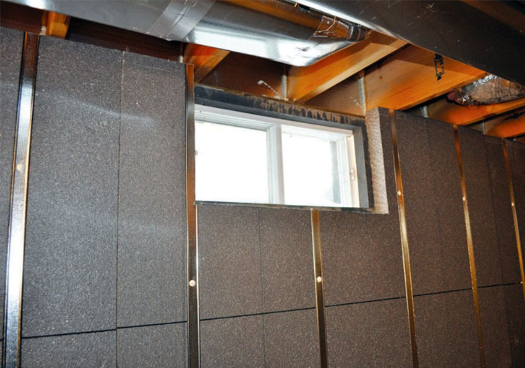 Image of: Insulated Wall Panels Basement