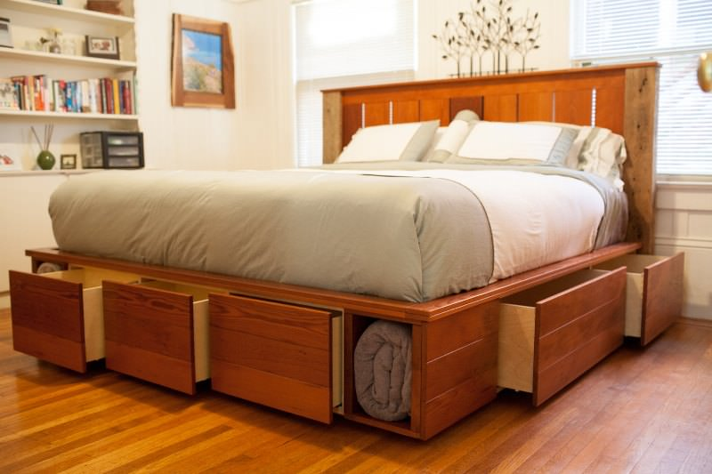 Image of: King Bed Frame With Storage