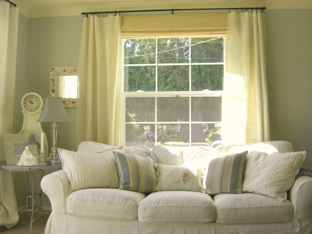 Image of: Living Room Curtains Decor