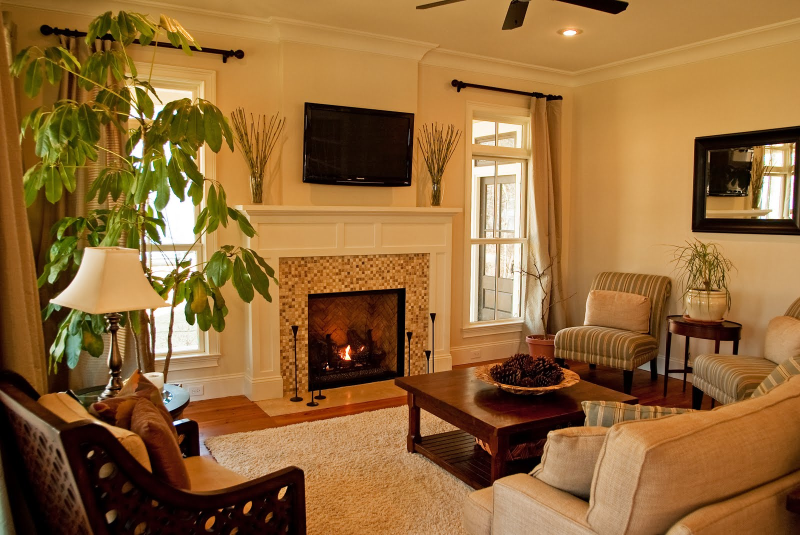 Image of: Living Room Fireplace Vintage
