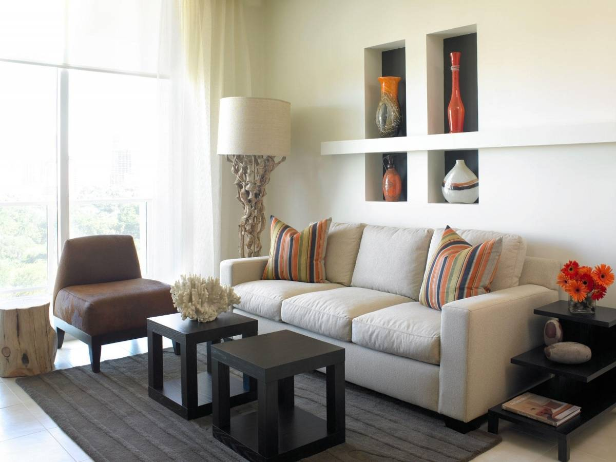 Image of: Living Room Ideas For Small Spaces White