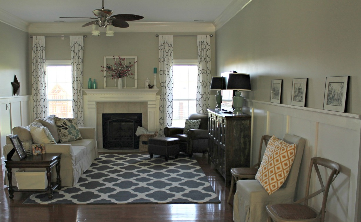 Image of: Living Room Makeovers Black