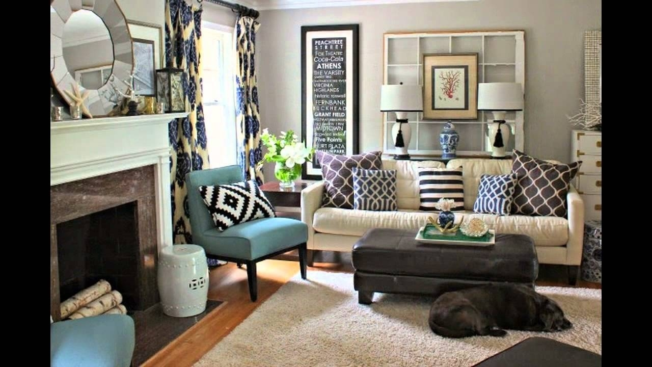 Image of: Living Room Makeovers Simple