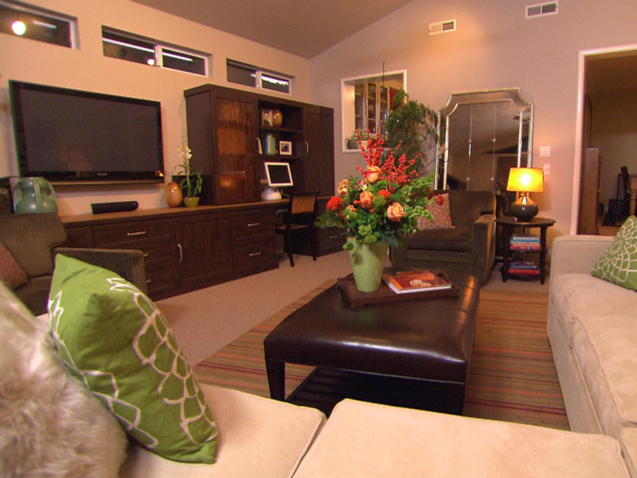 Image of: Living Room Organizing Brown