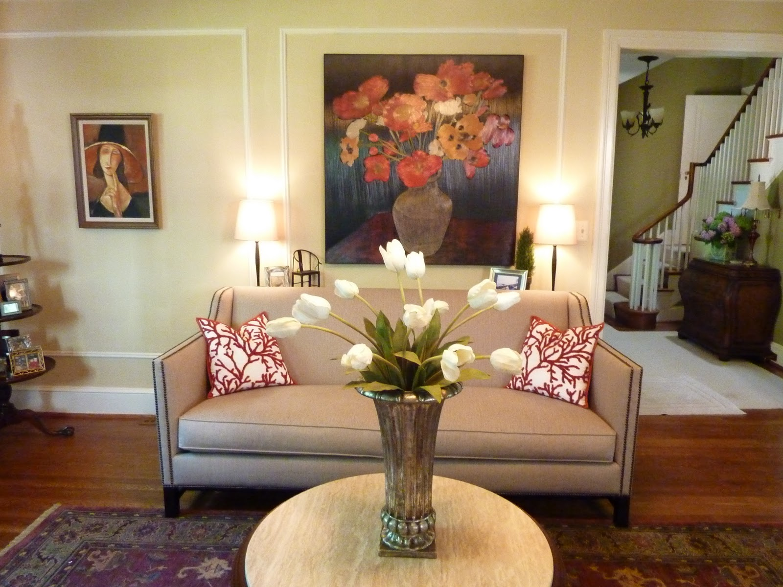 Image of: Living Room Table Centerpieces Flower