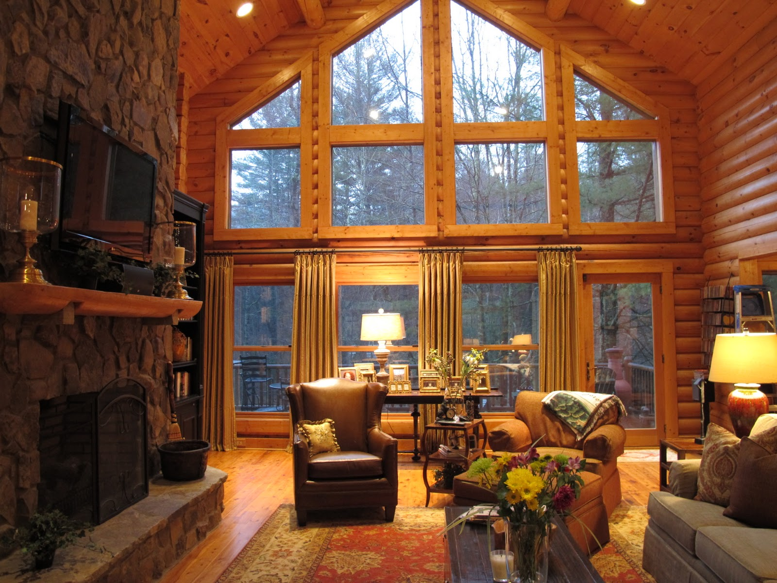 Image of: Log Cabin Living Room Wood