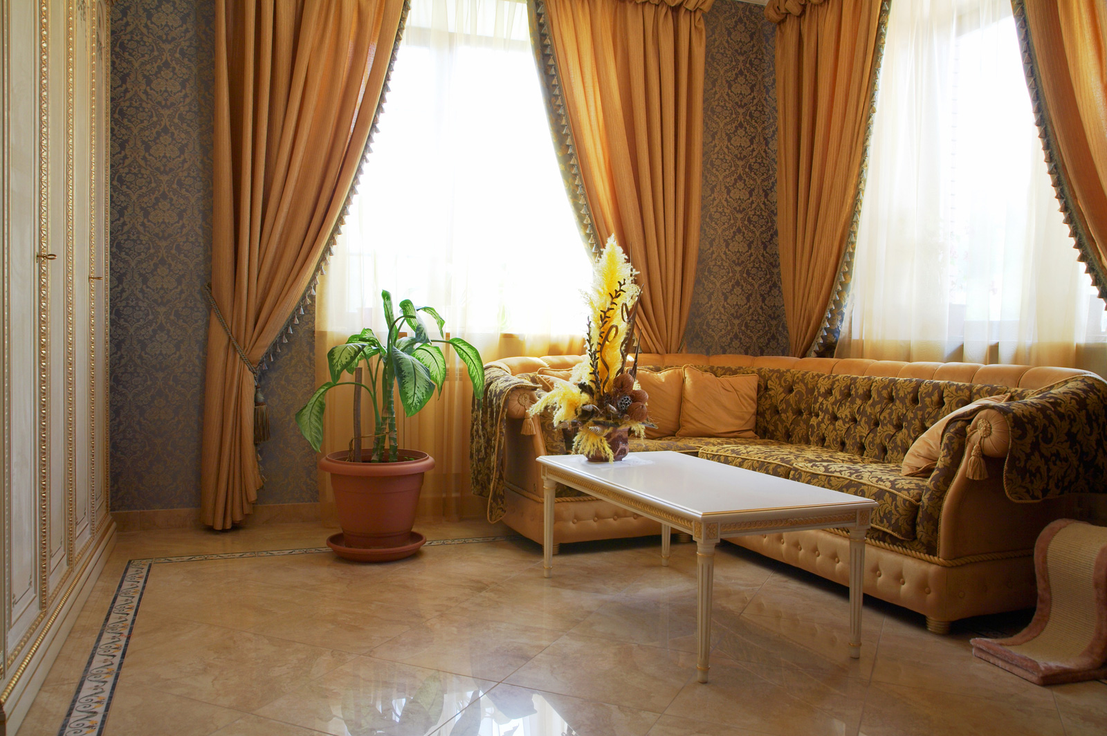 Image of: Modern Living Room Curtains Warm