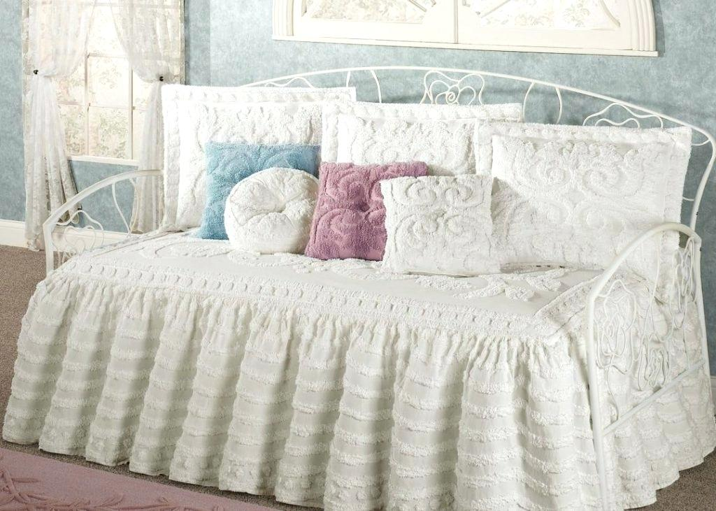 Image of: Nice Tulle Bed Skirt