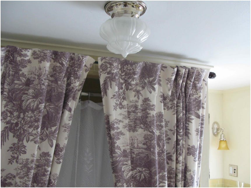 Image of: Oval Shower Curtain Rod Unique