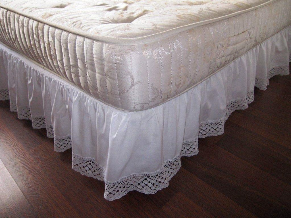 Image of: Pretty Bed Skirt Pins