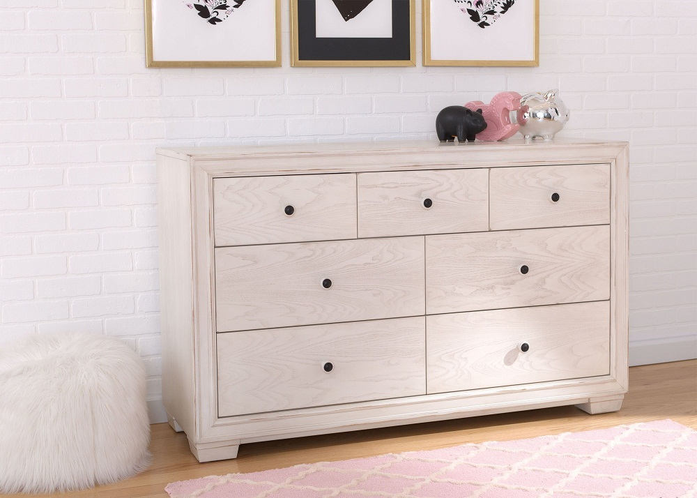 Image of: Ravello Antique White Dresser