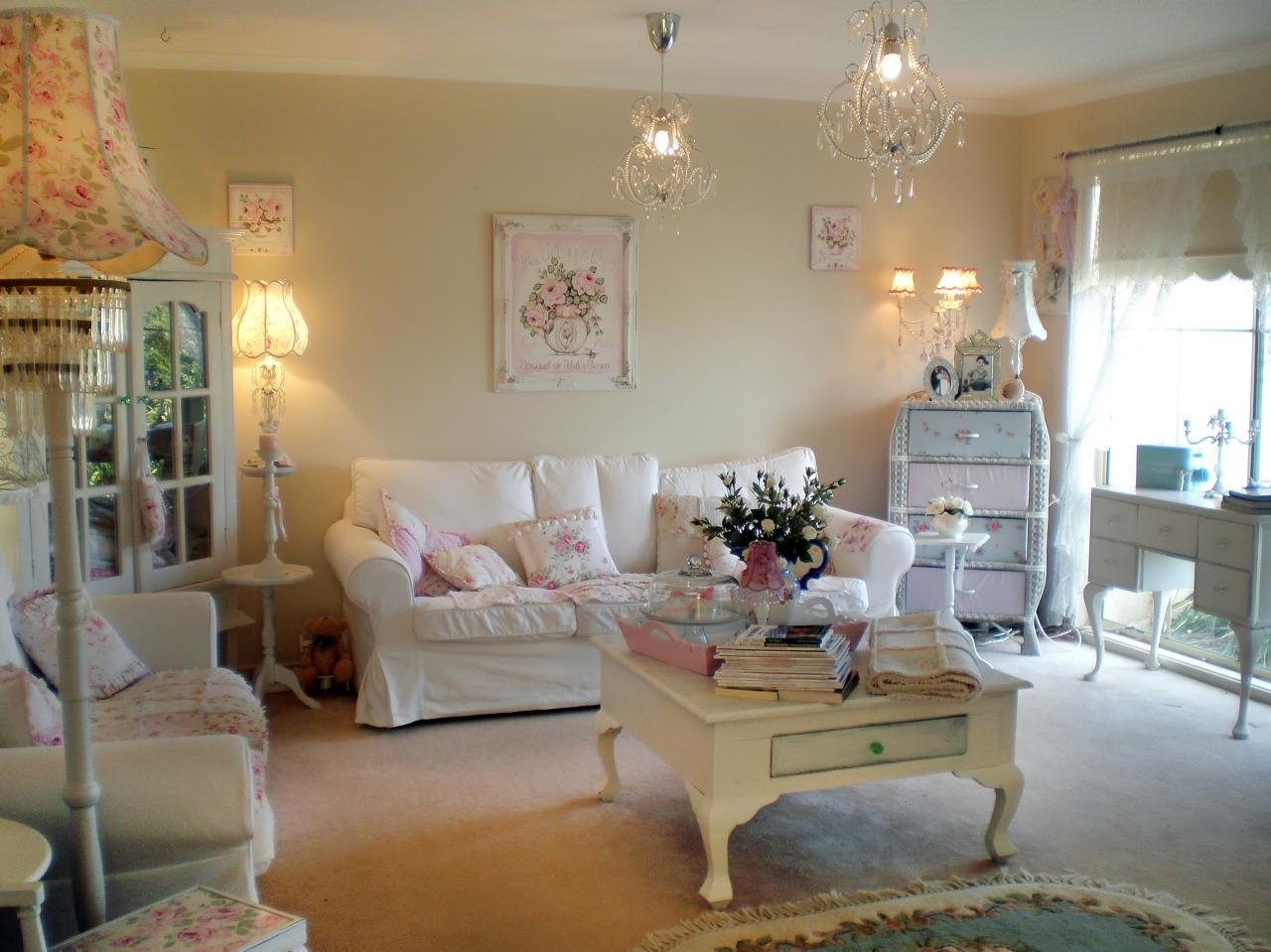 Image of: Shabby Chic Living Room Floral